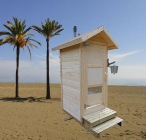 HL hiekkarannalla int